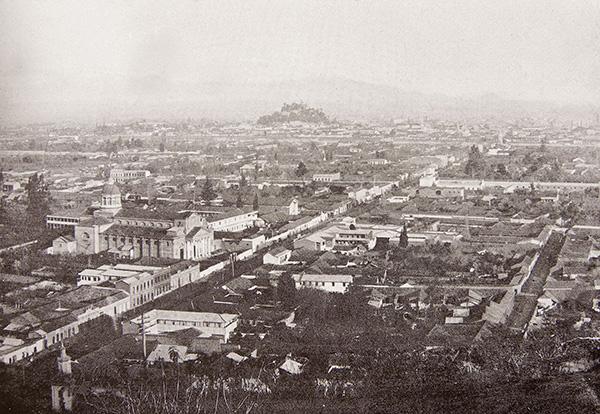 Fragmento de fotografía Iglesia de la Recoleta Dominica en construcción 1860. En: http://www.dominicos.net/comunidades/iglesia_recoleta_dominica_en_construccion_1860.html
